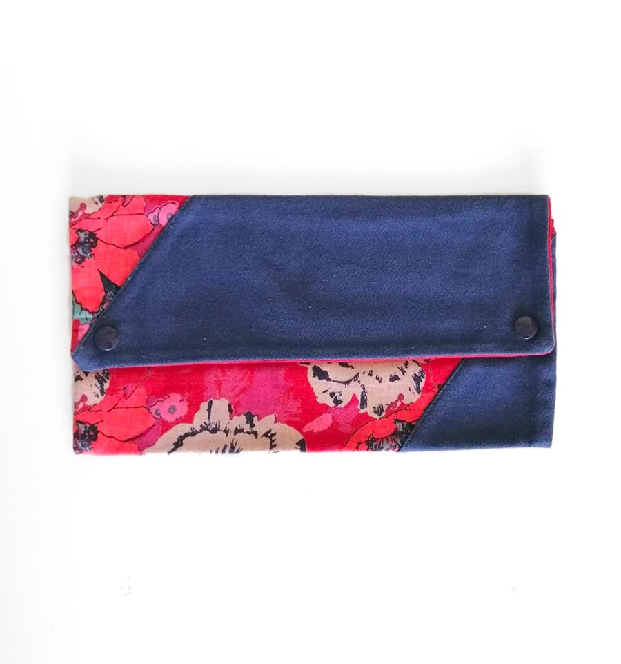 Pouch (Flowers)