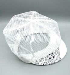 """""""MESH"""" Lightweight and breathable mesh cap with paisley bandana"""